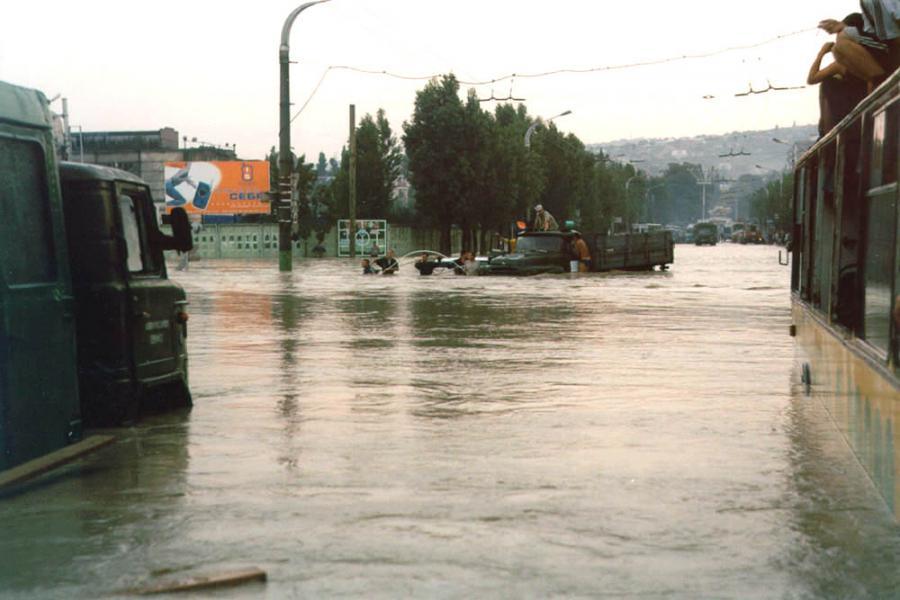 Наводнение в новороссийске 2002 год на